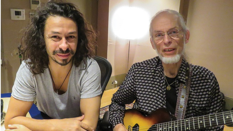 Yes announce cancellation of tour after death of Steve Howe's son, Virgil