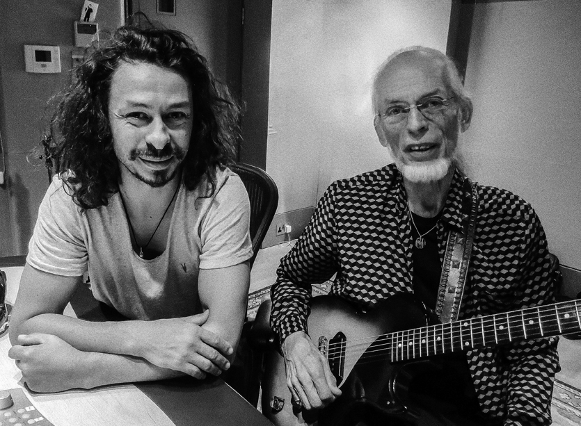 "Virgil & Steve Howe title track from collaborative album ""Nexus"" launched"