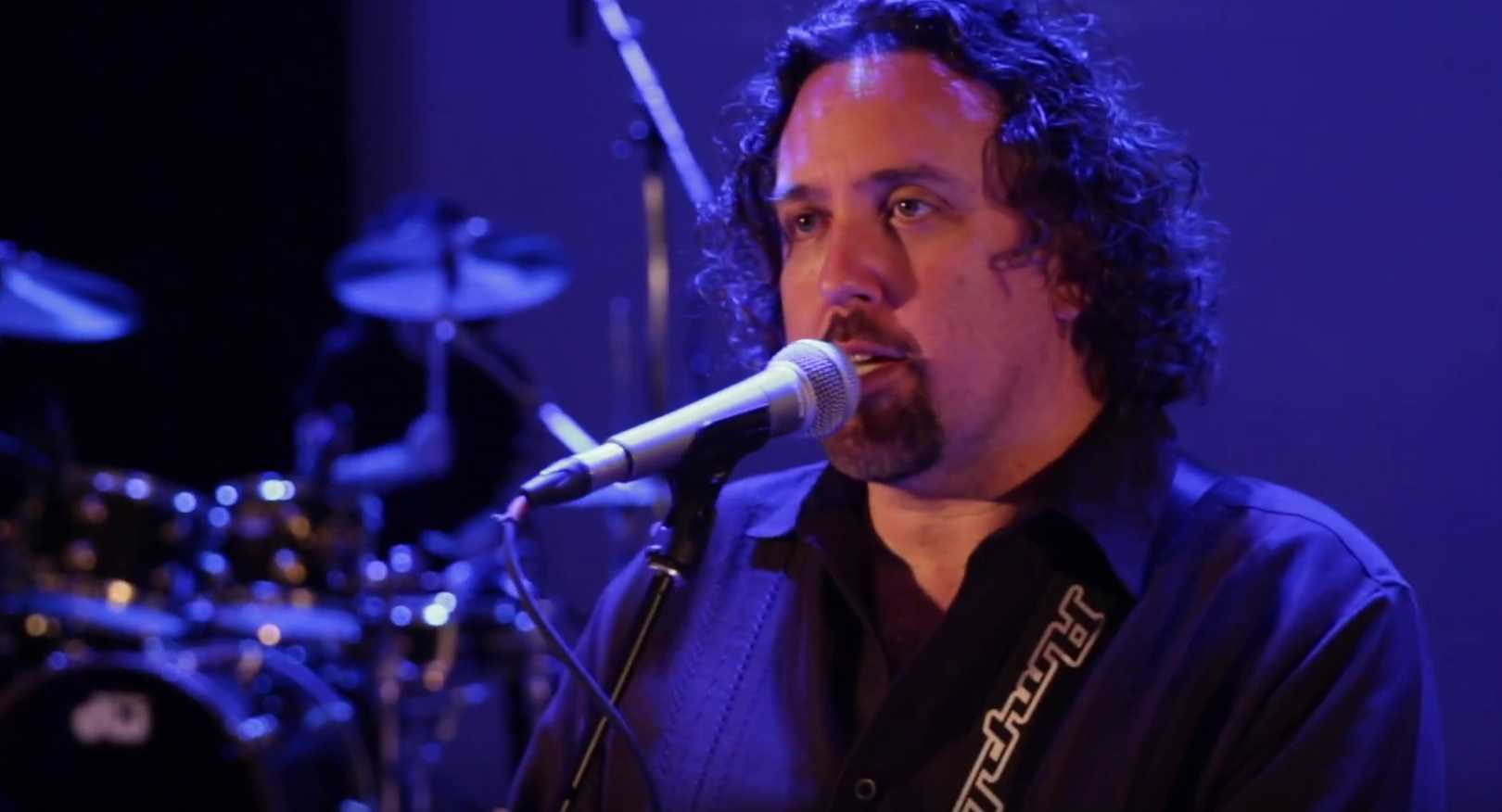 """Dave Kerzner premiere's """"Chain Reaction"""" video from new album 'Static'"""