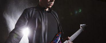 Joe Satriani s02 0205 Photo Credit Chapman Baehler 640x427